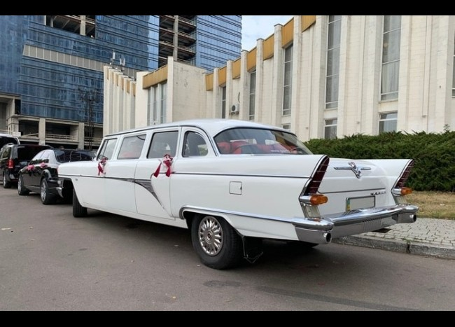 Чайка ГАЗ-13 лимузин (1958 г.)-4