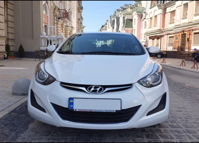 Hyundai Elantra-5
