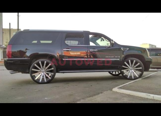 Cadillac Escalade Long-5
