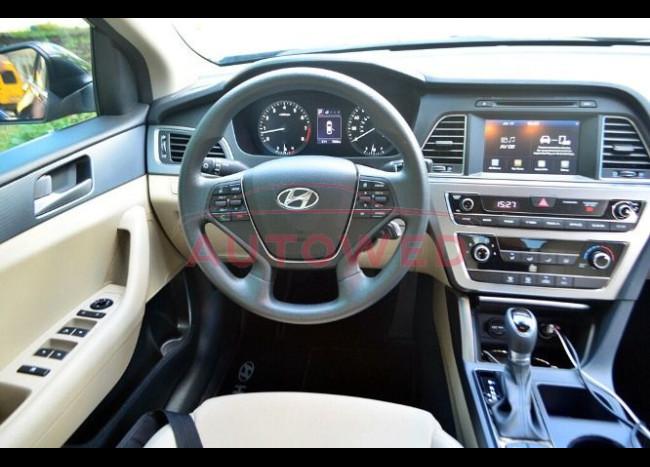 Hyundai Sonata-5