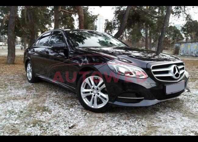 Mercedes E250 (черный)