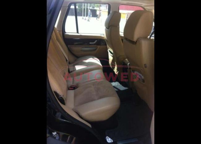 Range Rover Sport (черный)-4
