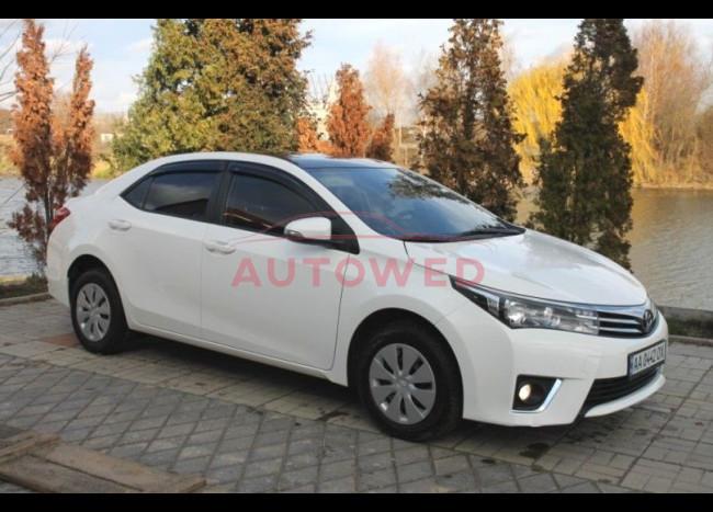 Toyota Corolla (белая)-2