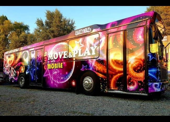 Party Bus MOVE & PLAY (30 мест)