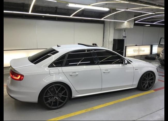 Audi S4-1