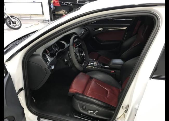 Audi S4-3