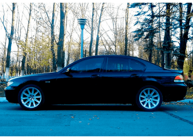 BMW 745 Long-1