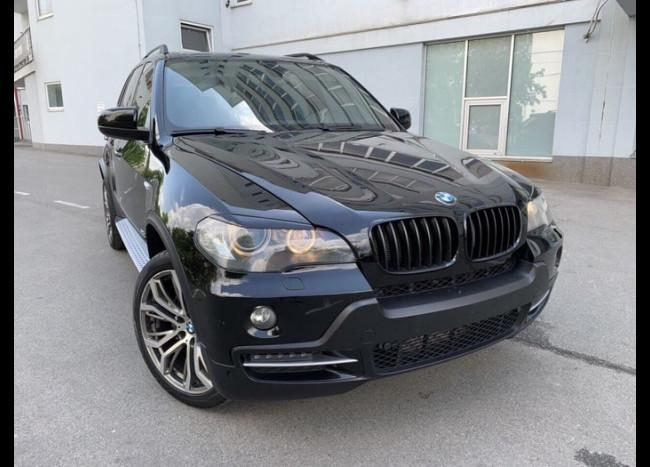 BMW X5 (черный)-1