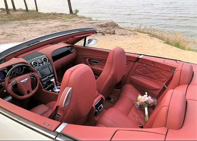Bentley Cabriolet-4
