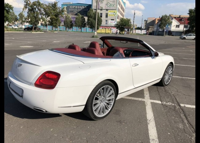 Bentley Cabriolet-1