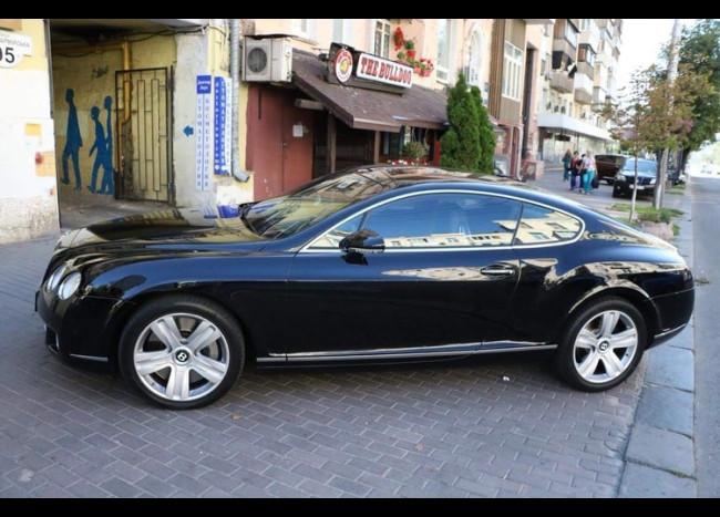 Bentley Continental GT-1