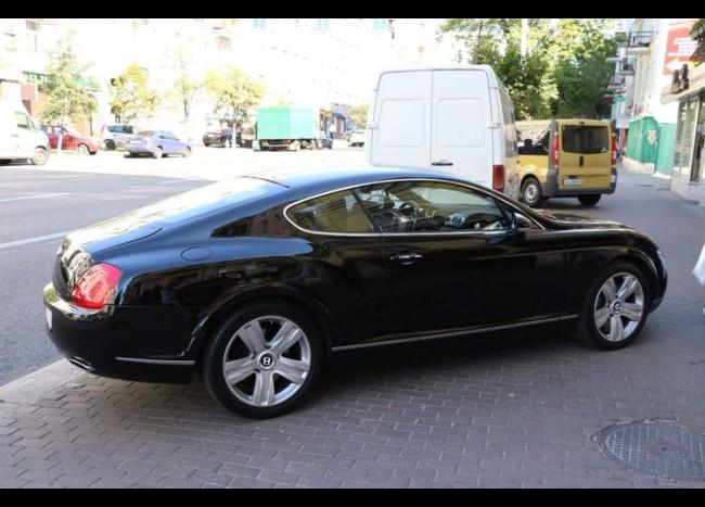 Bentley Continental GT-2