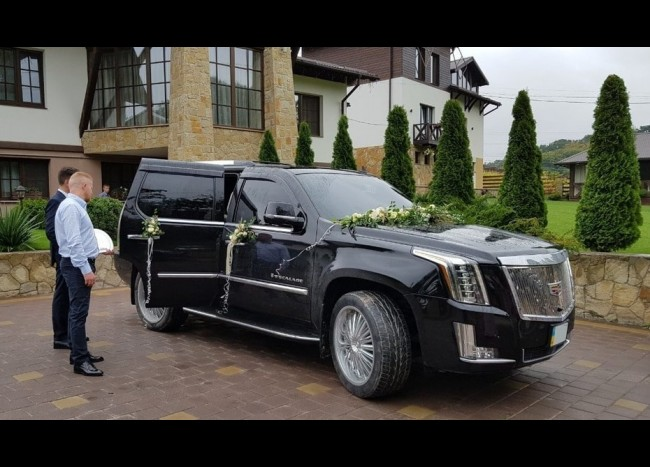 Cadillac Escalade New-7