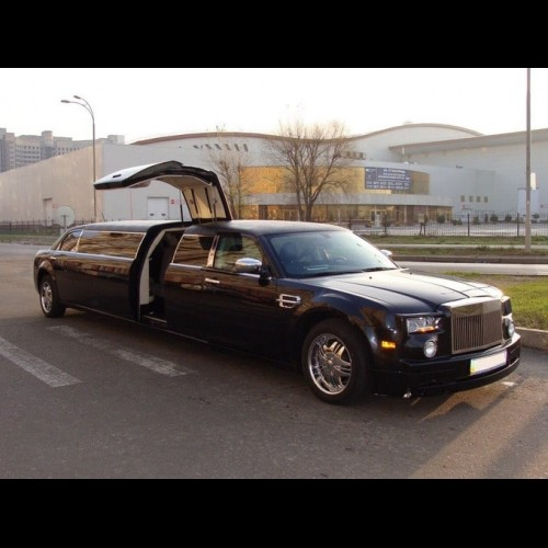Лимузин Chrysler 300C Rolls-Royce