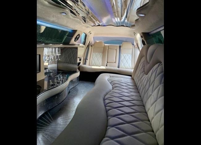 Лимузин Chrysler 300C Rolls-Royce-4