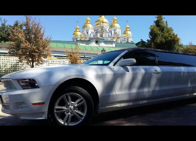 Лимузин Ford Mustang-3