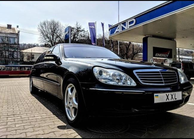 Лимузин Mercedes w220-1