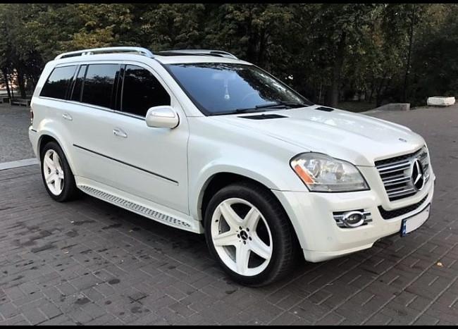 MERCEDES GL 550 (белый)-2
