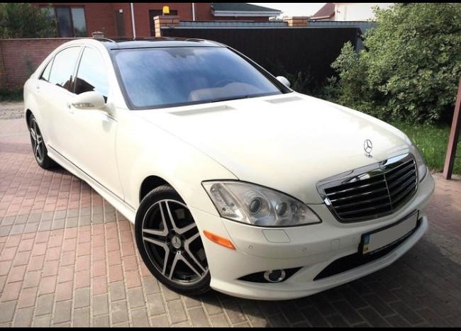 Mercedes w221 S 550L (белый)