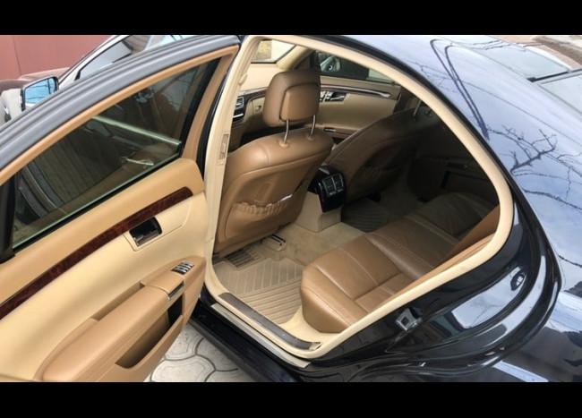 Mercedes w221 S63 AMG-4