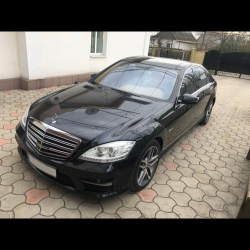 Mercedes w221 S63 AMG