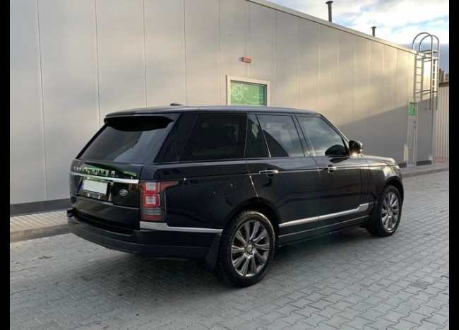 Range Rover Vogue-1