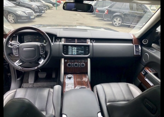 Range Rover Vogue new-3