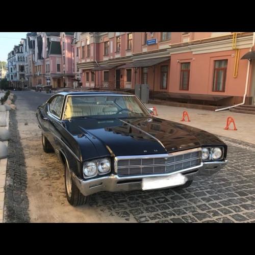 Ретро авто BUICK Skylark