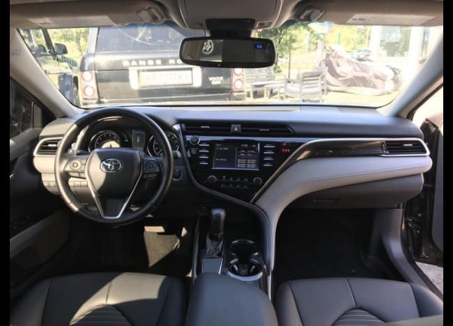 Toyota Camry v70-6