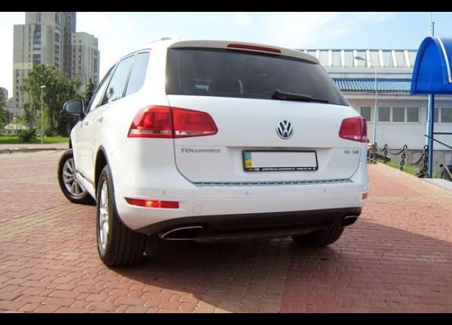 Volkswagen Touareg (белый)-2